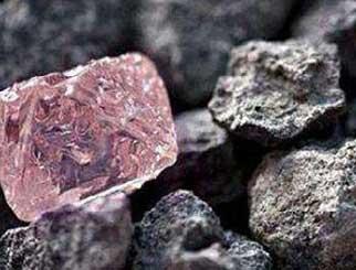 边际需求收缩,铁矿石价格价格受限产压制