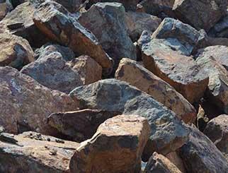 铁矿石创新高 钢企利润也不少
