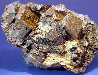 钢企利润走低 促使铁矿石价格易跌难涨